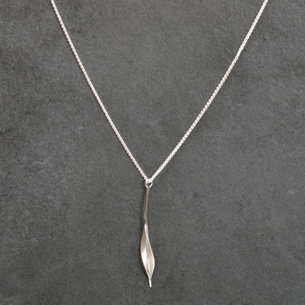 Collettewaudby medium slim leaf pendant in silver aloadofball Image collections